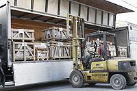5.日本・中国間の石材輸送だけでも当社の物流コンテナを利用できます。